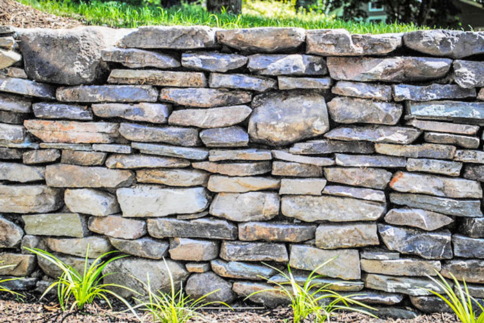 New England Flat Fieldstone Wall